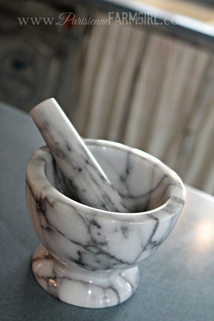 how to clean a mortar and pestle